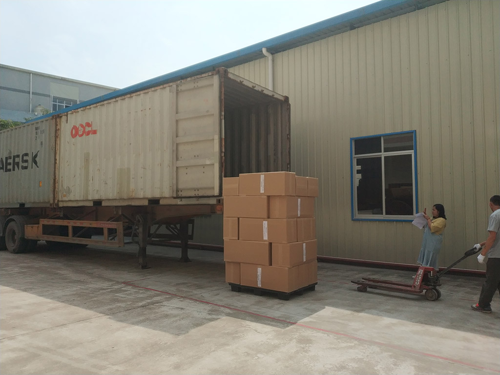 Joysway Factory Shipping Container Goods to Customer1